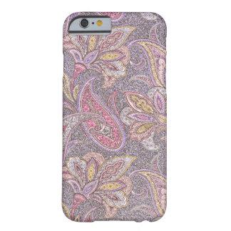 Modelo de Paisley y de flores Funda Barely There iPhone 6