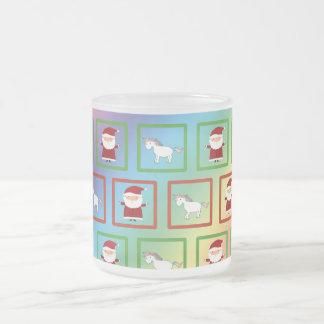 Modelo de Papá Noel de los unicornios del arco Taza Cristal Mate