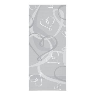 """Modelo de plata del corazón invitación 4"""" x 9.25"""""""
