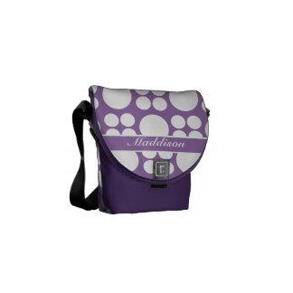 Modelo de punto blanco personalizado en la púrpura bolsa de mensajería