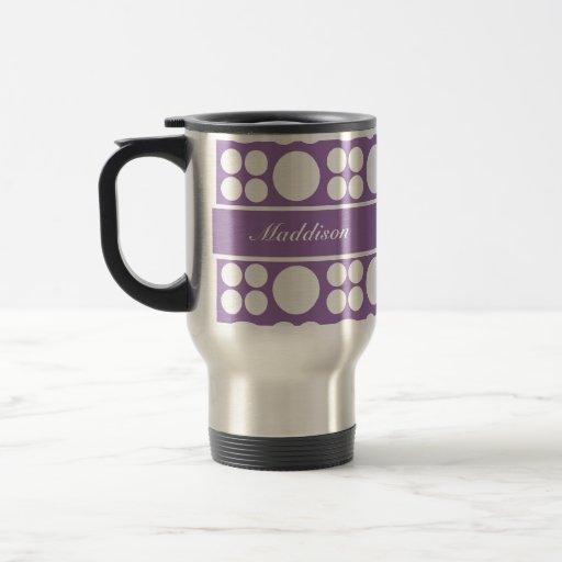 Modelo de punto blanco personalizado en la púrpura taza