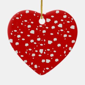modelo de punto con la seta roja del toadstool adorno navideño de cerámica en forma de corazón