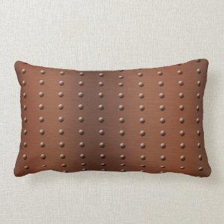 Modelo de punto de cobre cepillado tachonado almohada
