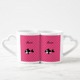 Modelo de rejilla conocido personalizado del rosa tazas para parejas