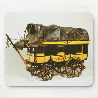 Modelo de un omnibus de cuarenta asientos mousepad