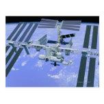 Modelo de una estación espacial internacional postal