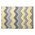 Modelo de zigzag amarillo y gris manteles