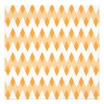 Modelo de zigzag anaranjado con formas del diamant comunicados personales
