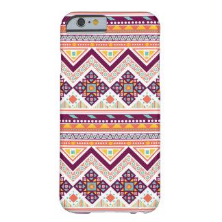 Modelo de zigzag azteca tribal colorido de Chevron Funda De iPhone 6 Barely There