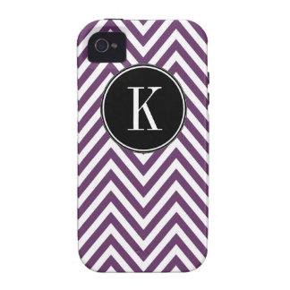 Modelo de zigzag blanco púrpura del monograma K Ch iPhone 4 Carcasa