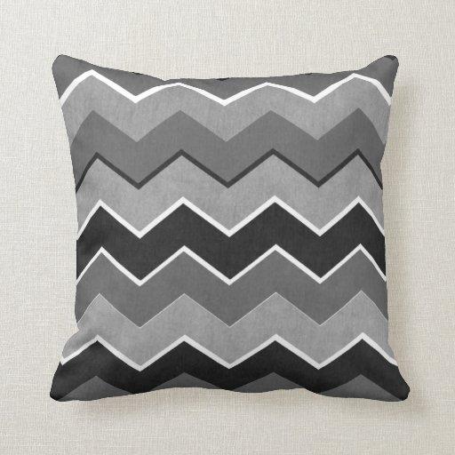 Modelo de zigzag blanco y negro almohada
