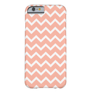 Modelo de zigzag coralino y blanco funda de iPhone 6 barely there
