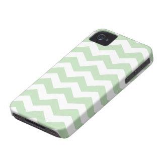 Modelo de zigzag del verde del helado de la menta iPhone 4 Case-Mate cárcasas