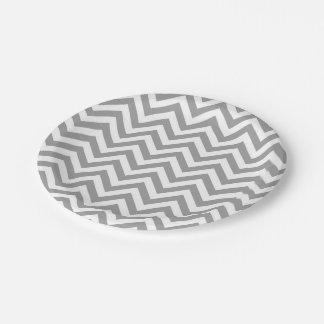 Modelo de zigzag grande blanco gris oscuro de plato de papel de 7 pulgadas