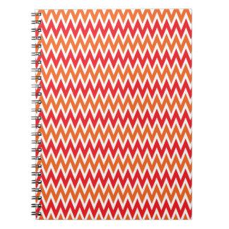 Modelo de zigzag rojo y anaranjado colorido de Che Libretas