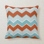 Modelo de zigzag rojo y azul almohada