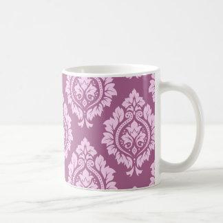 Modelo decorativo del damasco - rosa en ciruelo taza