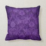 Modelo decorativo floral del damasco púrpura oscur cojines