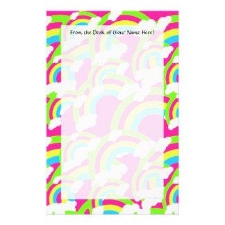 Modelo del arco iris de las rosas fuertes  papeleria de diseño