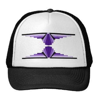 Modelo del art déco en púrpuras gorras de camionero