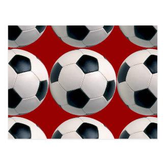 Modelo del balón de fútbol en rojo postales