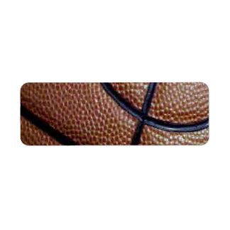 Modelo del baloncesto de la piel de cerdo con las etiqueta de remitente