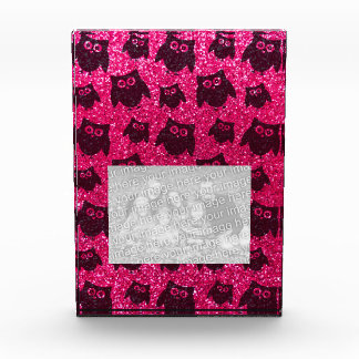 Modelo del brillo del búho del rosa color de rosa