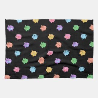 Modelo del cerdo del arco iris en negro toallas de cocina