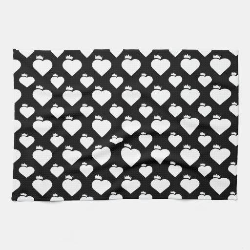 Modelo del corazón de la corona blanco y negro toallas de cocina