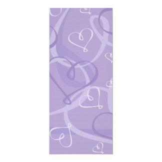 "Modelo del corazón púrpura invitación 4"" x 9.25"""