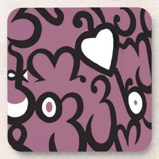 Modelo del corazón y de los remolinos en rosado os posavasos