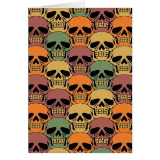 Modelo del cráneo que entrelaza con color descolor tarjeta de felicitación