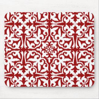Modelo del damasco de Ikat - rojo oscuro y blanco Mouse Pads