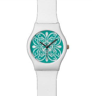 Modelo del damasco de Ikat - turquesa y blanco Relojes De Mano