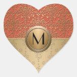 Modelo del damasco del monograma del coral y del calcomanía corazón personalizadas