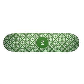 "Modelo del damasco en verde patineta 8 1/8"""