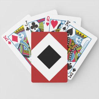 Modelo del diamante rojo, blanco, negro baraja