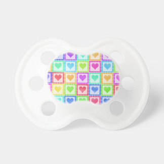 Modelo del edredón del corazón del arco iris chupetes para bebes