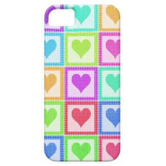 Modelo del edredón del corazón del arco iris iPhone 5 fundas