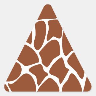 Modelo del estampado de girafa de Brown Pegatina Triangular