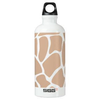 Modelo del estampado de girafa en beige