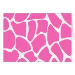 Modelo del estampado de girafa en rosa brillante tarjeton