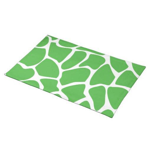 Modelo del estampado de girafa en verde de la selv mantel