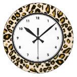 Modelo del estampado leopardo reloj