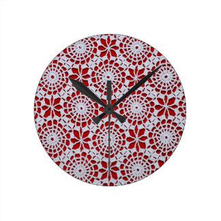 Modelo del ganchillo del vintage reloj redondo mediano