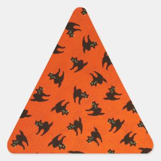 Modelo del gato de Halloween Pegatina Triangular