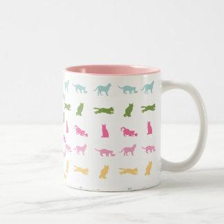 Modelo del gato del arco iris taza de café
