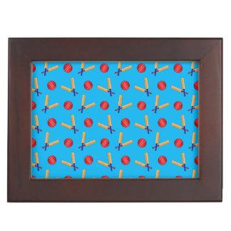 Modelo del grillo del azul de cielo cajas de recuerdos