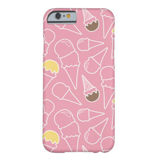 Modelo del helado del verano funda barely there iPhone 6