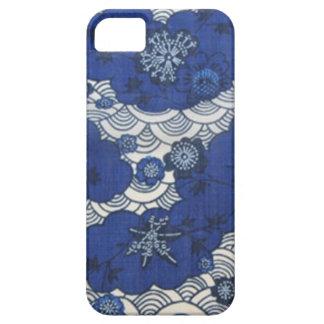 Modelo del kimono de Okinawa en azul iPhone 5 Carcasas
